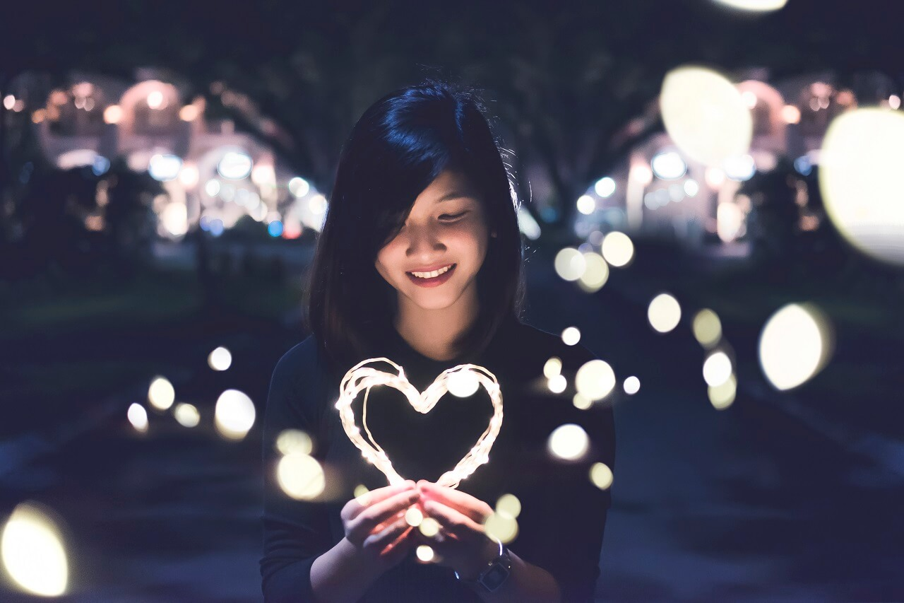 girl with heart lights
